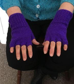 lorraines fingerless gloves